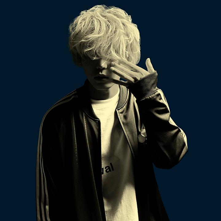 搖滾超新星秋山黃色僅一年再推第二張專輯《FIZZY POP SYNDROME》