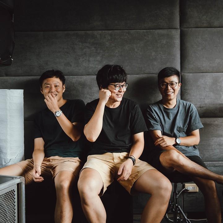 【專訪】台語也是世界音樂啊,共阮本土的語言唱出來 —— 推動台語文的青年樂團 拍謝少年